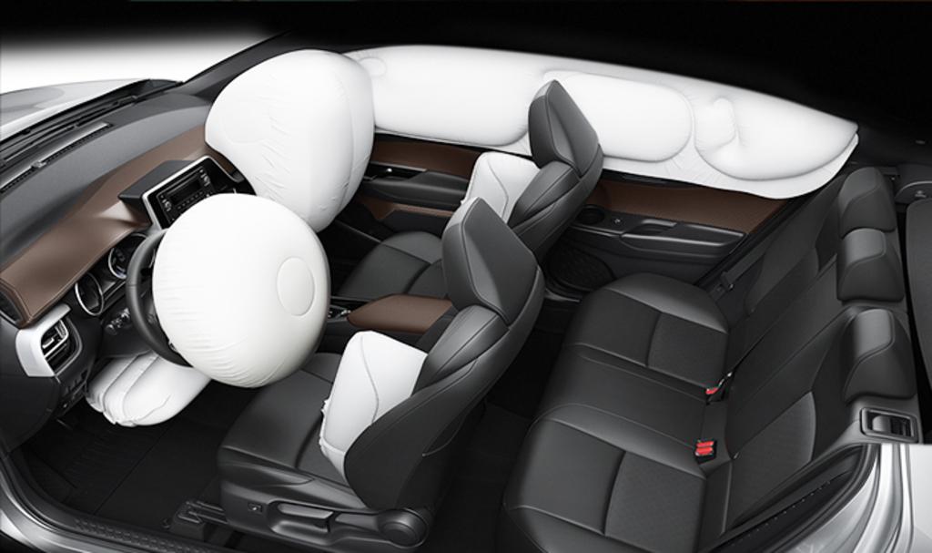 تويوتا C-HR. سيارة كروس أوفر بتصميم مستقبلي