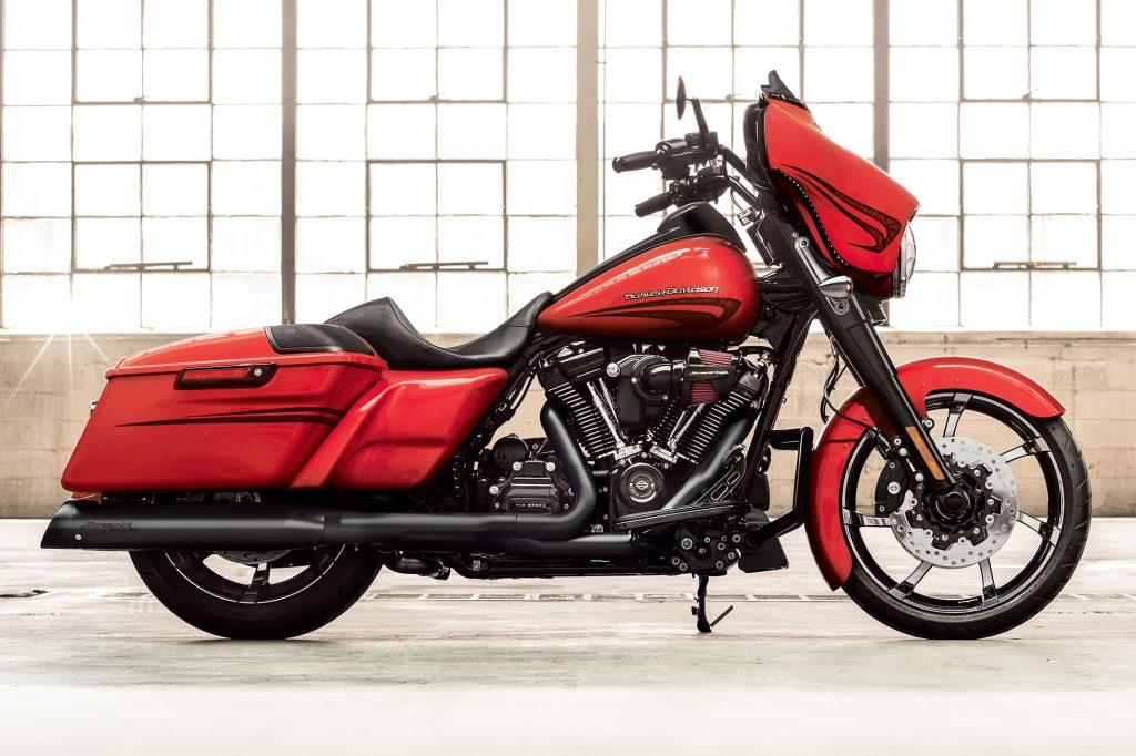 Harley Davidson Street Glide Special الدراجات الناريه في مصر