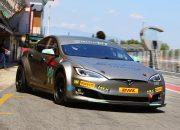 تسلا تستعد لدخول سباقات Formula E هذا العام