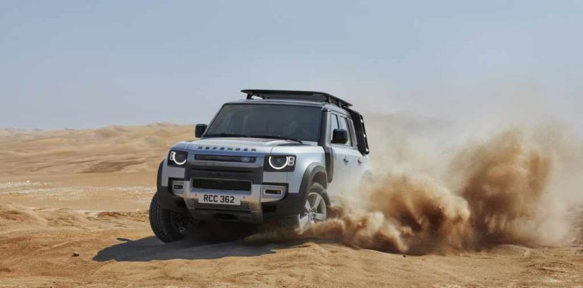 Land Rover Defender P300 2021