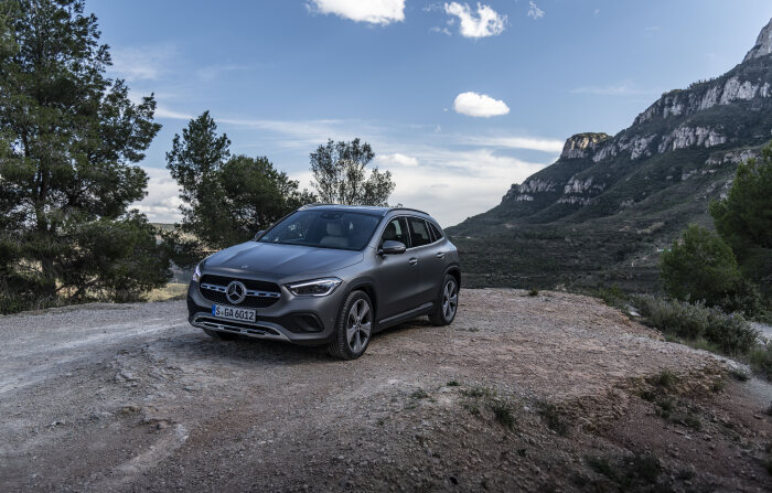 Mercedes-Benz GLA 200 Luxury 2021