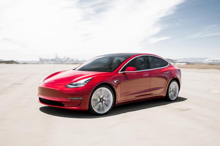 السيارات الكهربائية على وشك أن تكون أرخص بكثير