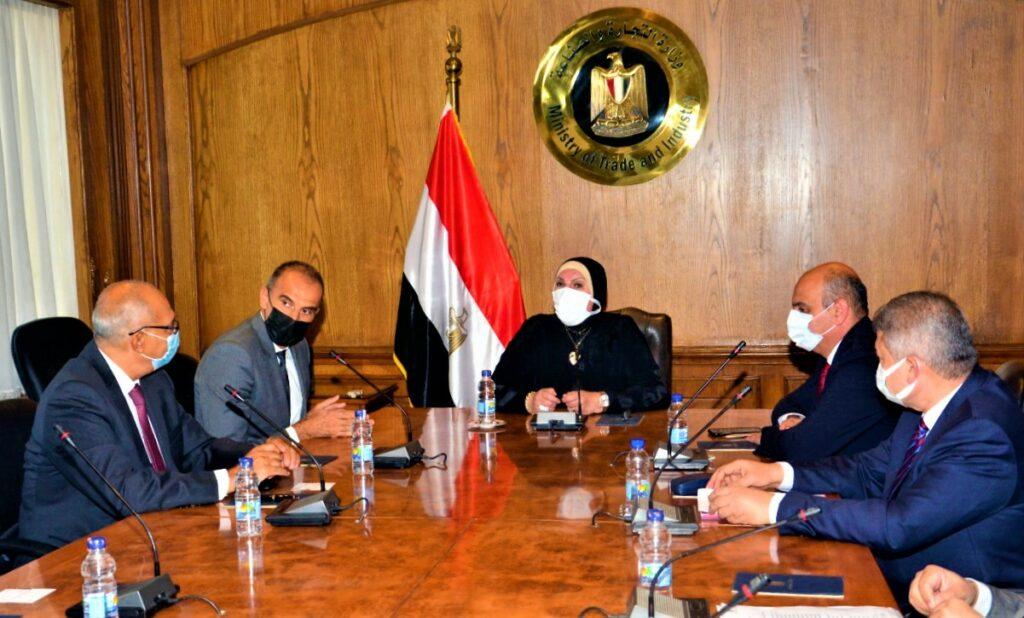 السيارات الكهربائية اجتماع لمناقشة مستقبل جنرال موتورز في مصر وتوطين السيارات الكهربائية
